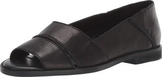 Kelsi Dagger Brooklyn Women's Rori Flat Sandal