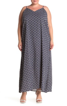 WEST KEI V-Neck Shift Maxi Dress (Plus Size)