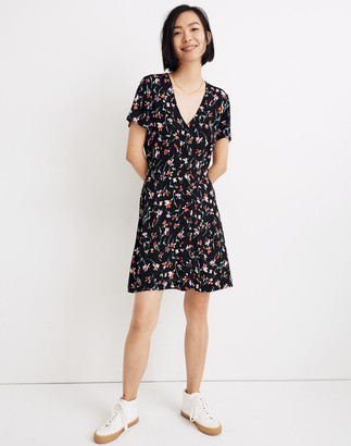 Madewell Petite V-Neck Button-Front Mini Dress in Drifting Flowers