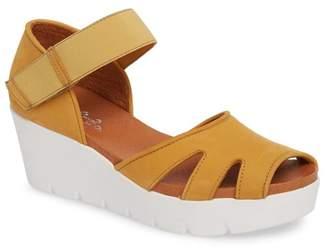 Bos. & Co. Sharon Platform Wedge Sandal (Women)