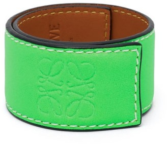 Loewe Paula's Ibiza - Anagram-debossed Leather Slap Bracelet - Green