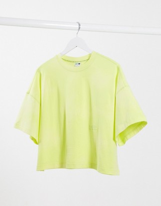 Puma Heavy Classics t-shirt in lime