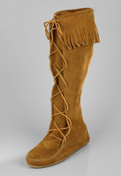 Minnetonka Knee-High Lace Up Boots in Brown