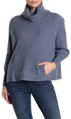 Lynk Knyt & Bubble Sleeve Turtleneck Cashmere Sweater