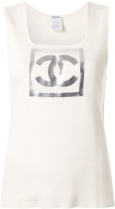 Chanel Pre Owned 2001 logo print T-shirt