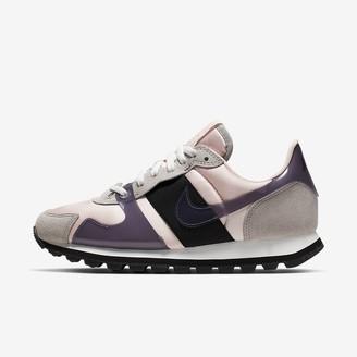 Nike Women's Shoe V-Love O.X