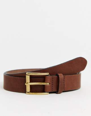 Asos Design DESIGN leather slim belt in brown with antique brass buckle