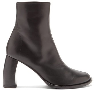 Ann Demeulemeester Banana-heel Leather Ankle Boots - Black