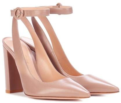 Gianvito Rossi Exclusive to mytheresa.com – Roma leather pumps