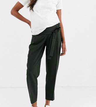 Asos DESIGN Maternity tailored tie waist tapered ankle grazer trousers-Green