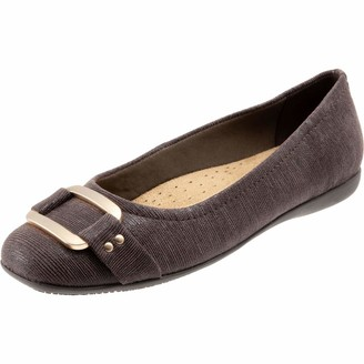 Trotters Women's Sizzle Ballet Dark Brown 8.5 W
