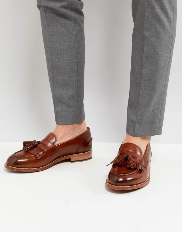 Grenson Mackenzie Tassel Loafers In Tan