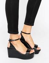 Aldo Chunky Flatform Sandals