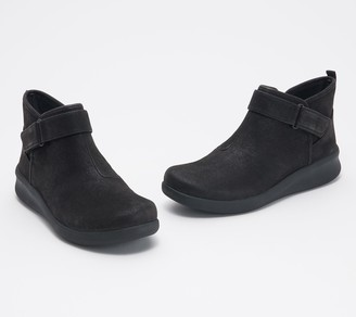 Clarks CLOUDSTEPPERS by Booties - Sillian 2.0 West