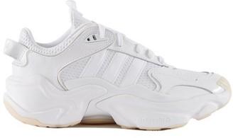 adidas Tephra Runner trainers