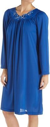 Shadowline Women's Plus Size Petals 40 Inch Long Sleeve Waltz Gown