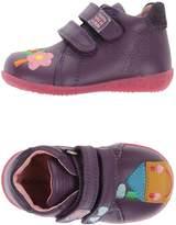 Agatha Ruiz De La Prada Low-tops & sneakers - Item 44918981