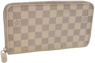 Louis Vuitton Zippy Ecru Cloth Wallets