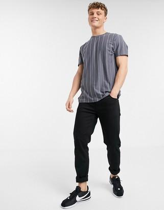 New Look vertical stripe t-shirt in grey