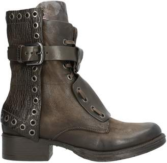 Mjus Ankle boots - Item 11791219GK
