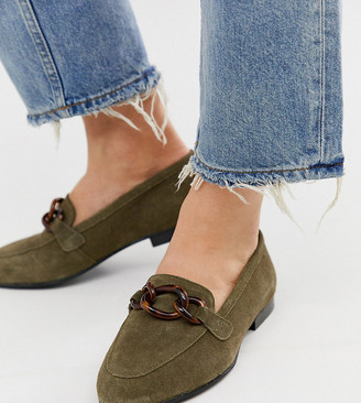 Asos Design DESIGN Wide Fit Verse chain detail loafer in khaki-Green