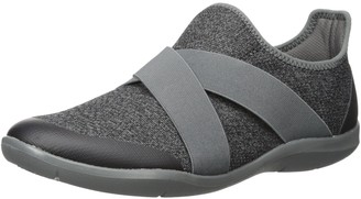 Crocs Women's Swiftwater Cross-Strap Static Slip-Ons