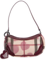 Burberry Hearts Nova Check Pochette