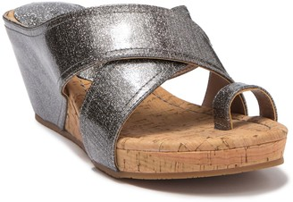 Donald J Pliner Geea Metallic Leather Sandal