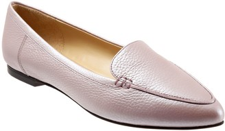 Trotters Cute Narrow Toe Loafers - Ember
