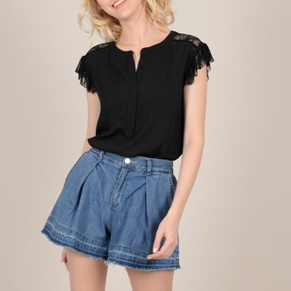 Molly Bracken Short Lace Sleeved Blouse with Back Grandad Collar