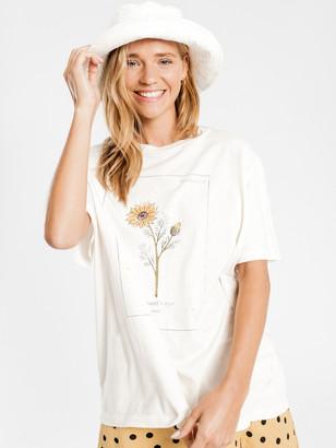 Beyond Her Botanical T-Shirt in Chalk