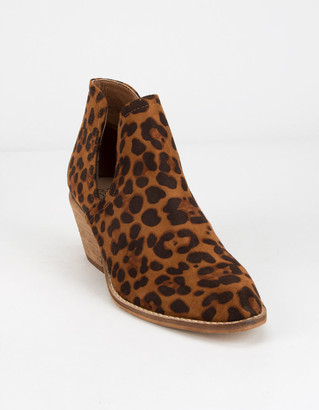 BEAST FASHION Chop Out Leopard Womens Booties