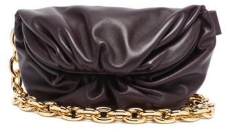 Bottega Veneta The Chain Pouch Leather Cross-body Bag - Dark Burgundy