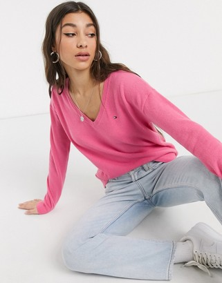 Tommy Hilfiger sania v neck sweater in pink