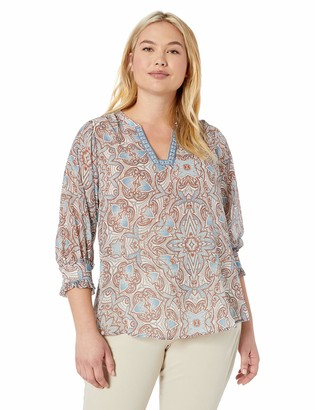 Democracy Women's Plus Size 3/4 Sleeve Top with Square Notch Neck