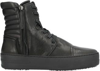 BB B & B Sneakers
