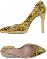 Annarita N. Pumps