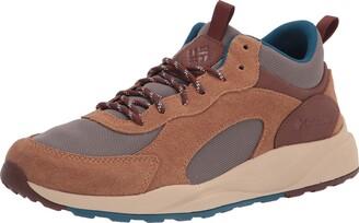 Columbia Men's Pivot MID WP Walking Shoe