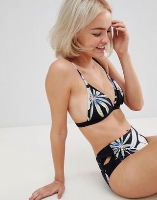 Roxy find your wild triangle bikini top in floral