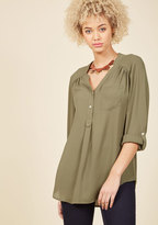 Pam Breeze-ly Tunic in Olive in L