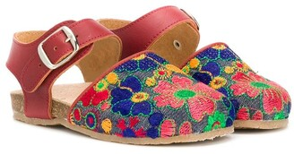 Pépé Embroidered Flower Sandals