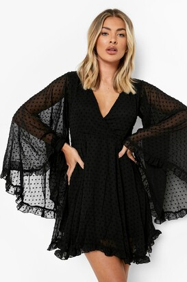 boohoo Dobby Chiffon Wide Sleeve Skater Dress