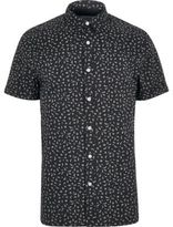 River Island MensNavy print short sleeve slim fit shirt