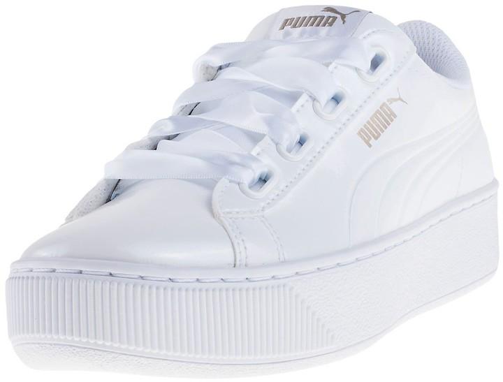 platform white pumas