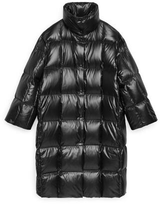 Arket Shiny Down Puffer Coat