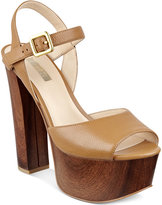 GUESS Women's Den Platform Sandals