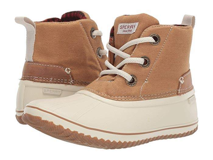 Sperry Schooner 3-Eye Lace-Up Canvas