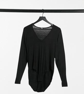 Yours v-neck bodysuit in black