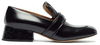Chloé Cheryl Crocodile-effect Leather Heeled Loafers - Womens - Black