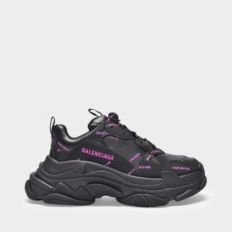 Balenciaga Triple S Sneaker In Black And Pink Fabric